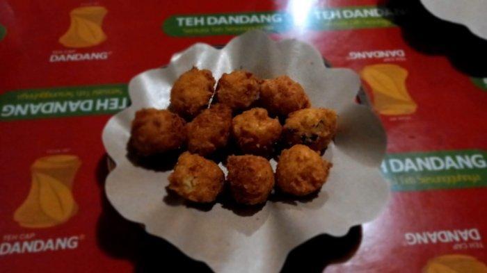Kuliner Malam Perkedel Bondon Tetap Ada, Nikmati Kelezatannya, Jangan Lupa Patuhi Protokol Kesehatan