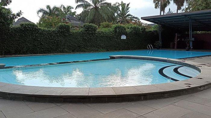 kolam renang di Puri Setiabudhi Residence Hotel, Jalan Dr Setiabudhi No 378, Bandung