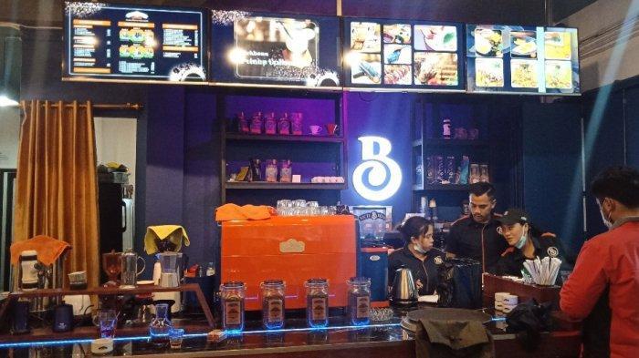 Bar di Richbean Coffee Bandung