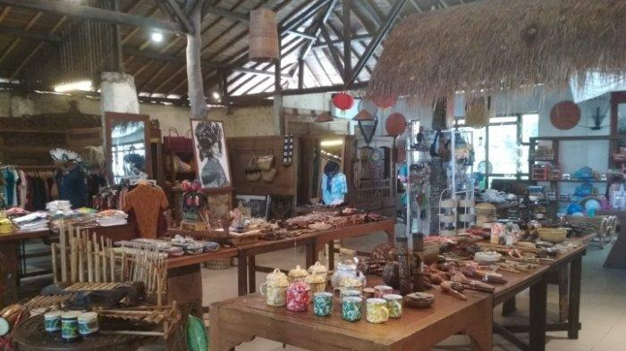 Sapu Lidi Cafe, Resort and Gallery, Jalan Sersan Bajuri, Desa Cihideung, Parongpong, Kabupaten Bandung Barat (KBB)