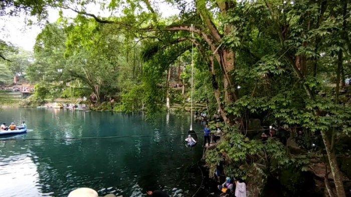 Situ Cicerem di Desa Kaduela, Kecamatan Pasawahan, Kabupaten Kuningan
