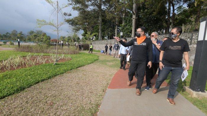 Gubernur Jabar Ridwan kamil menyurvei Waduk Darma Kuningan
