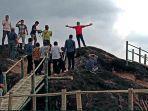 Taman Batu Ciagung di Jatigede, Sumedang, Lokasinya Eksotis, Namun Belum Ditata Maksimal