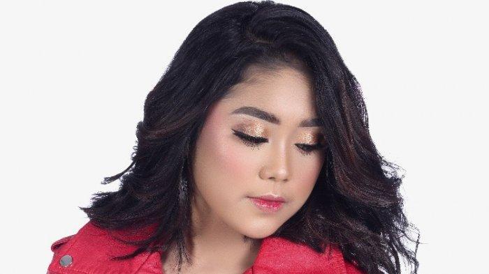 Azmy Aktif Lestarikan Tari dan Kawih Sunda, Rilis Single