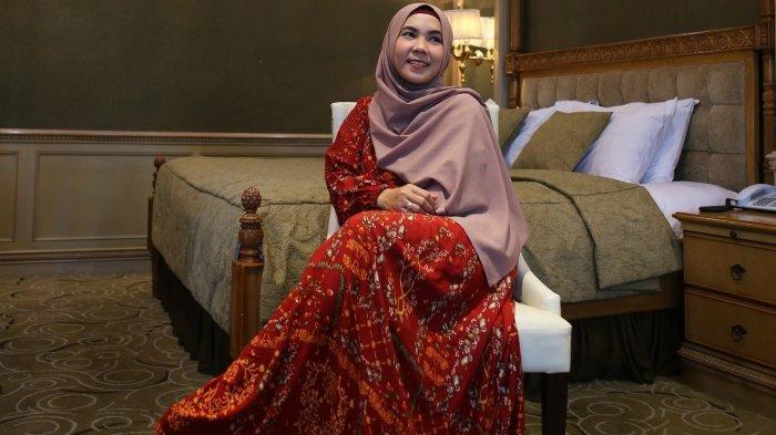 Dini Fitriyah: Ini Hadiah dari Hijrah dan Perjuangan