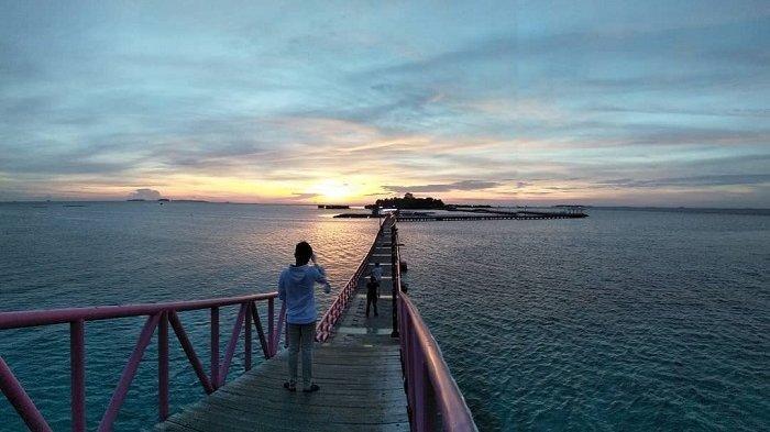 5 Pantai Eksotis di Sekitar Jakarta untuk Liburan Akhir Pekan