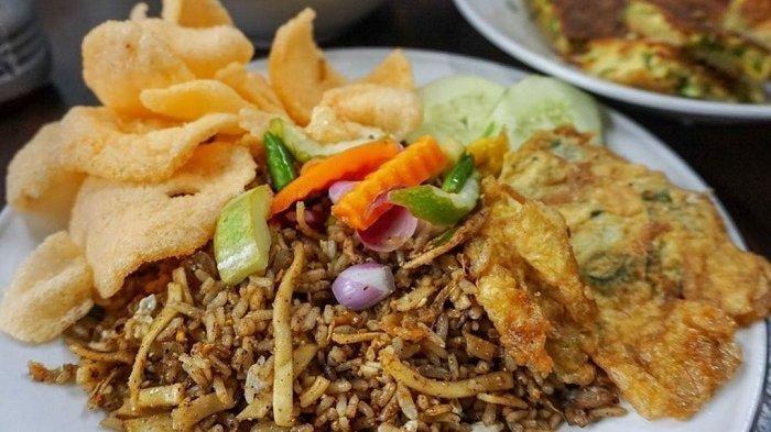 9 Nasi Goreng Enak di Jakarta, Coba Nasi Goreng Kebon Sirih yang Porsinya Mantap