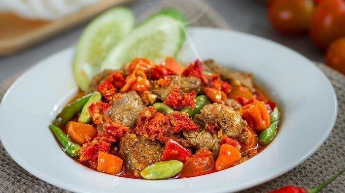 6 Warung Oseng Mercon di Jakarta yang Harus Dicoba Traveler Pecinta Pedas