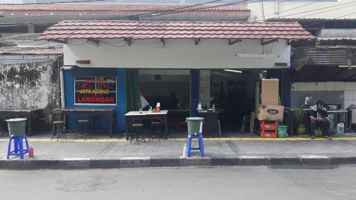 Suasana tampak depan kedai Sate Kambing Jaya Agung Lamongan di Jalan Wahid Hasyim No. 56 C Sabang, Jakarta Pusat pada Rabu (22/7/2020).