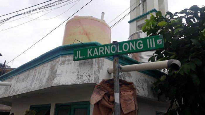 Jalan Kernolong III yang berdekatan dengan Kali Ciliwung pada Minggu (6/12/2020).