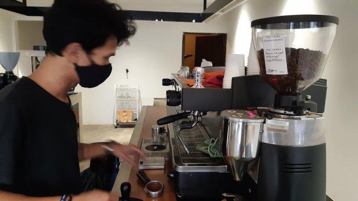 Menikmati Kopi Bisa Bawa Ke Rumah atau Ngopi Pagi di Koffiekopi Semasa Corona
