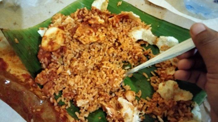 Nasi Goreng Mandeh, Rekomendasi Tempat Makan di Kota Jambi Yang Tak pernah Sepi Pengunjung