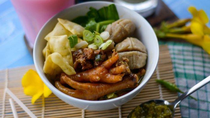 Rekomendasi Tempat Makan Bakso, Lokasinya Ada di Lorong Sempit Kota Jambi