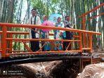 hutan-bambu.jpg