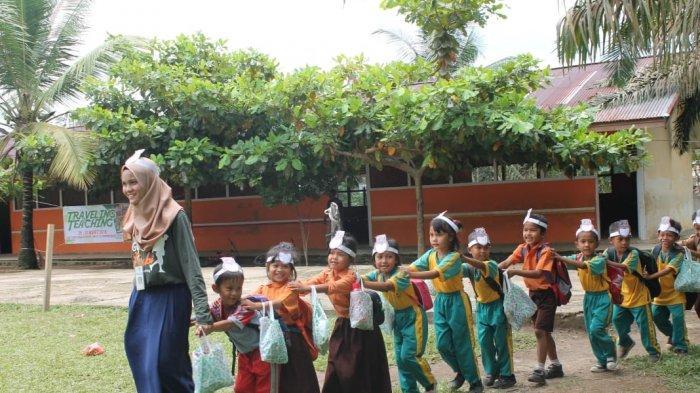Secuil Kisah Komunitas Guru Jambi Mengajar di Pedalaman 'Semangat Mereka Luar Biasa'