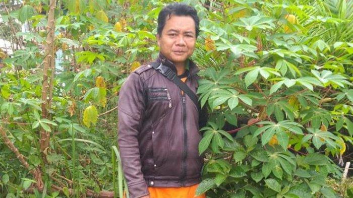 Besudut, Warga Suku Anak Dalam Honorer di Kantor Camat, Yang Ingin Bertemu Presiden Joko Widodo