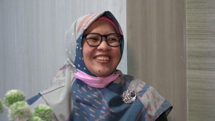 Nurfaidah Guru SDN 131 Kota Jambi saat wawancara di studio Tribun Jambi, Senin (23/2/2021) .