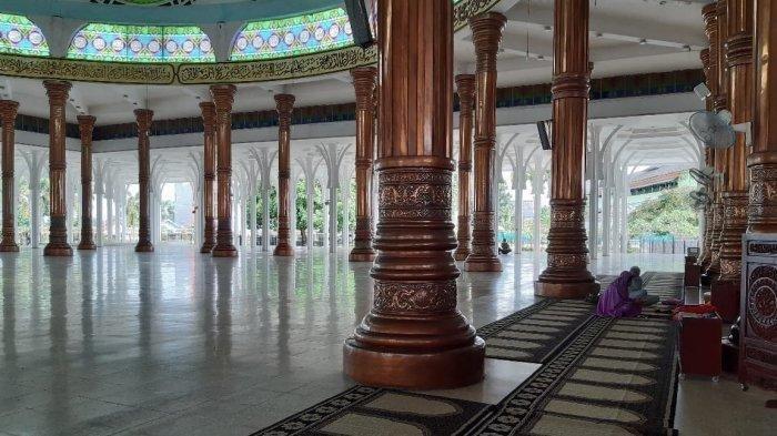 Sejarah Berdirinya Masjid Seribu Tiang Kota Jambi, Pembangunan Sekira 9 Tahun