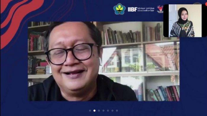 Kemenparekraf Bukukan 100 Karya Pemenang 'Nulis dari Rumah'