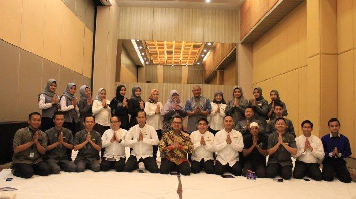 Pesonna Hotel Semarang Gelar Pengajian Rutin Bulan Sebagai Inspirasi dan Motivasi Karyawan