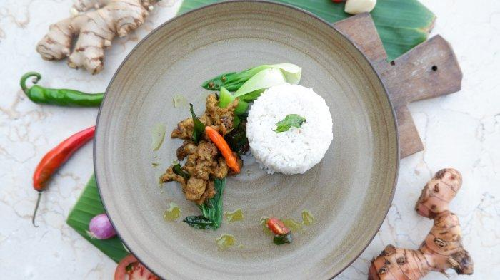Aston Inn Pandanaran Semarang luncurkan menu untuk memeningkatkan imunitas, yakni sop ayam temulawak, nasi goreng rempah, dan sapi bumbu kemangi.