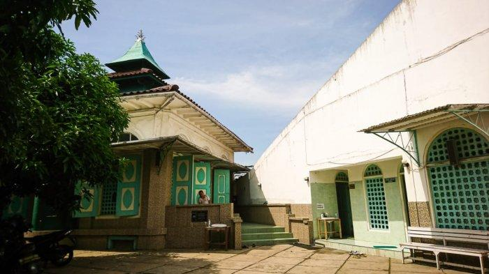 Jaga Kesucian Masjid Layur, dalam Kondisi Apapun Perempuan Tak Diperbolehkan Masuk Masjid