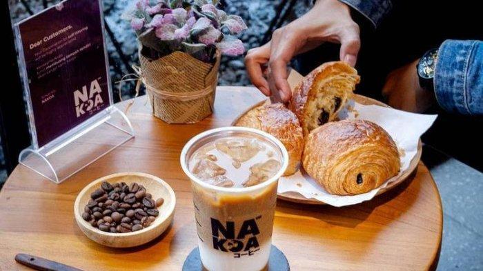 Tempat nongkrong instagramable di Malang, Nakoa Cafe terletak di Jalan Bondowoso 14 Malang