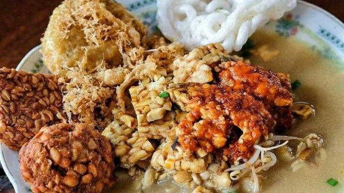 Kuliner orem-orem khas Malang rekomendasi untuk menu sarapan pagi.