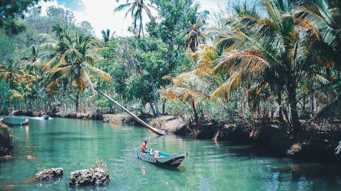 Sungai Maroon Pacitan, (@ardinurrohman via explore.pacitan)