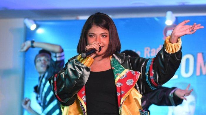 Sara Fajira mengeluarkan single baru berjudul Julite hasil kolaborasi dengan DJ Eddie Tripleks