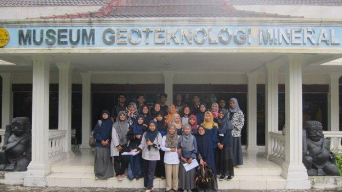 Museum Geoteknologi Mineral (GTM) UPN Veteran Yogyakarta