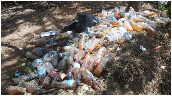 Jangan pernah membuang air kecil atau besar di sumber air yang ada di gunung. Hal ini jelas akan membuat sumber air menjadi kotor.