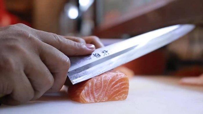 5 Gangguan Kesehatan Akibat Makan Makanan Mentah