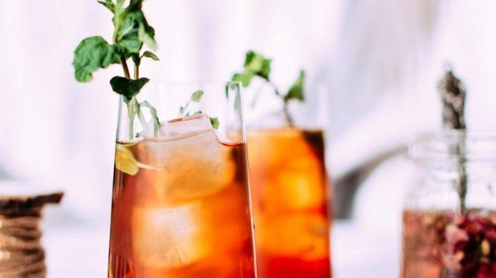 Terlalu Sering Minum Es Teh, Bisa Mengakibatkan Gagal Ginjal dan Penyakit Jantung