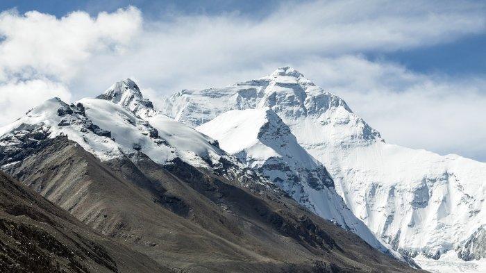 4 Alasan Tak Ada Pesawat Terbang yang Berani Melewati Kawasan Tibet