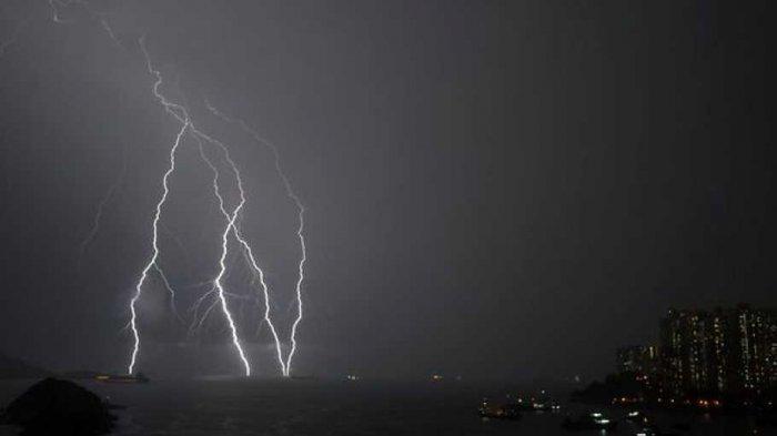 Peringatan Dini BMKG, Cuaca Ekstrem karena Siklon Seroja