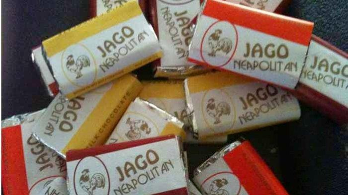 Di era 90-an, ada banyak jenis cokelat populer dan murah yang digemari semua kalangan anak-anak.