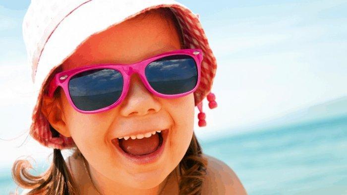 Panduan Memilih Kacamata Hitam untuk Anak Sebelum Liburan
