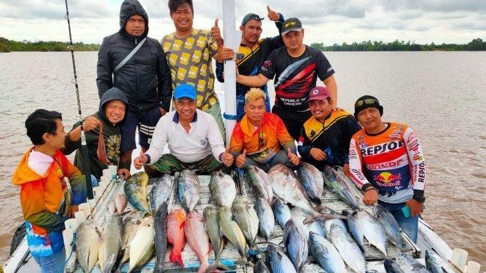 Mancing Mania Penyalur BBM Pertamina Puas, Peroleh 200 Kilogram Ikan di Selat Makassar