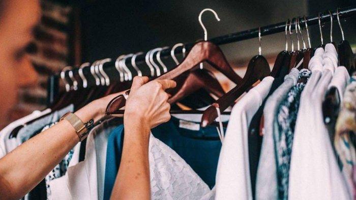 Ilustrasi: memilih pakaian