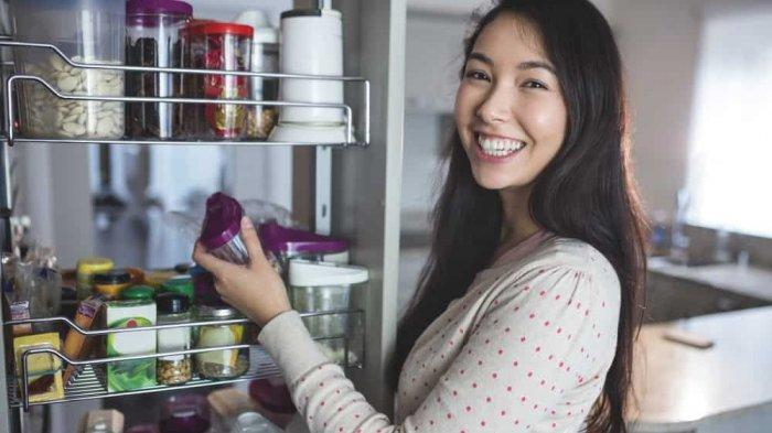 Tips Menyimpan Makanan di Rumah Agar Tahan Lama