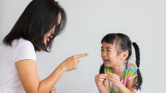 Orangtua yang Galak Malah Dapat Memicu Kenakalan Remaja