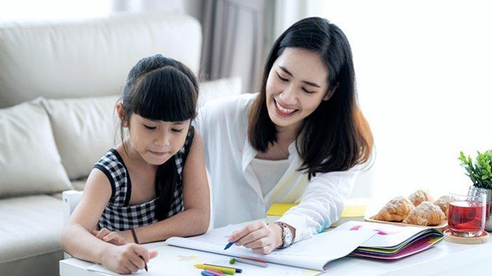 Tahun Ajaran Baru Dimulai, Tips Agar Anak Disiplin Belajar di Rumah