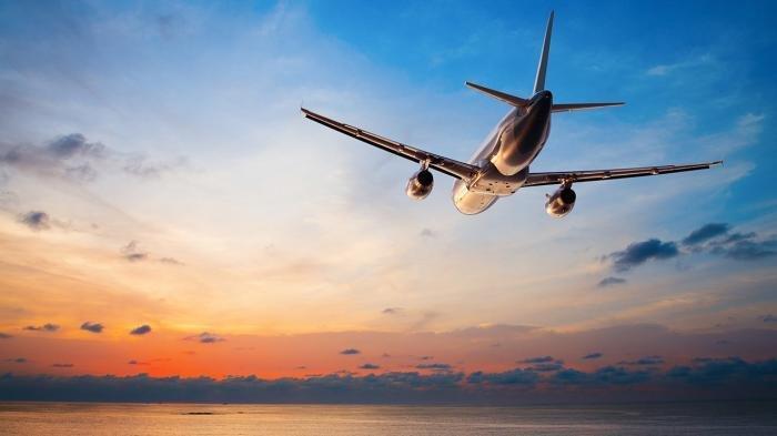 4 Cara Mengatasi Ketakutan Berlebih saat Naik Pesawat Terbang