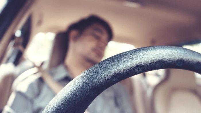 Ini Alasan Mengapa Sebaiknya Jangan Tidur di Mobil dengan AC & Mesin Menyala