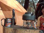 peralatan-camping-tenda-kompor.jpg