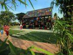 Belum Rampung Dibangun, Taman Mozaik di Surabaya Ini Sudah Jadi Primadona Pengunjung