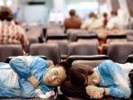 tidur-di-bandara-1.jpg