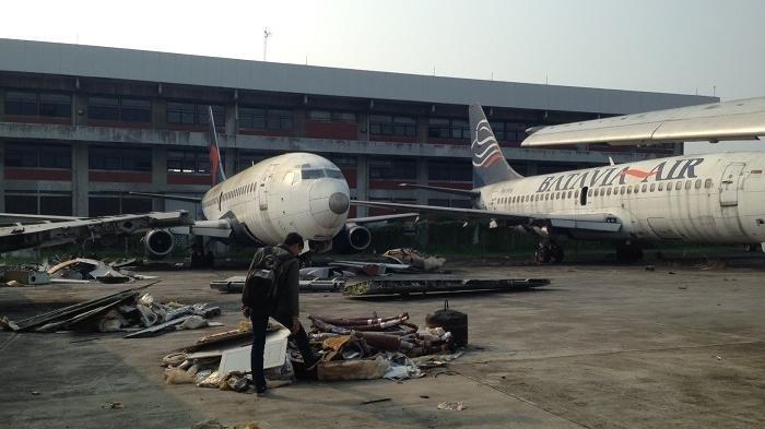 Ilustrasi, tempat pembuangan bangkai pesawat. Pesawat terbang di Indonesia bisa dibilang lebih 'berumur' dibanding pesawat luar negeri.