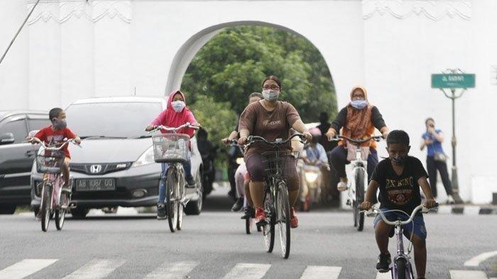 Benarkah Bersepeda Pakai Masker Bisa Sebabkan Orang Meninggal Dunia? Begini Penjelasan Ahli